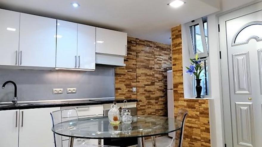 Con precios que parten desde los 150.000 euros, puedes disfrutar de uno de estos pisos en venta en Puerto de la Cruz