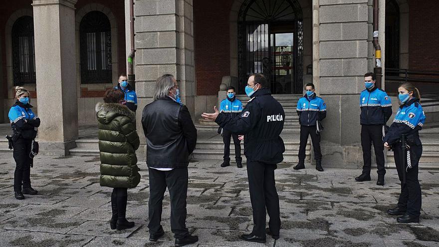 Zamora da la bienvenida a siete nuevos policías municipales
