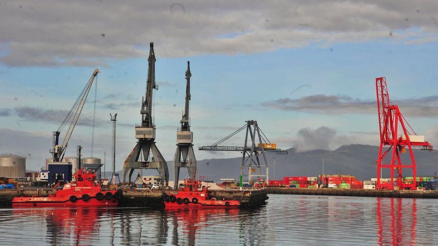 El Puerto movió 1.204.489 toneladas de mercancías en sus muelles el año pasado