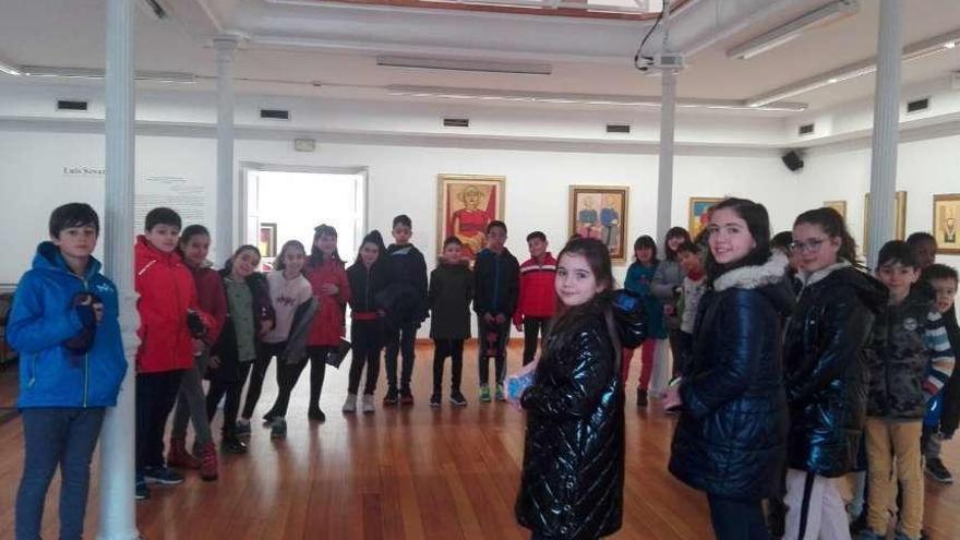 La Fundación Seoane afirma que son falsos al menos ocho cuadros expuestos en Lalín