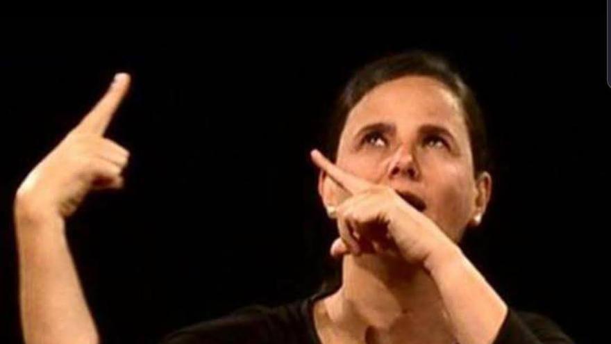 Poesía NO Oral: recital de poemas signados