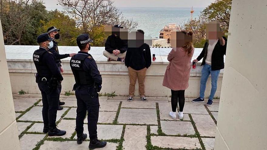 Récord de denuncias por incumplir las normas justo en el inicio de otra desescalada en Alicante