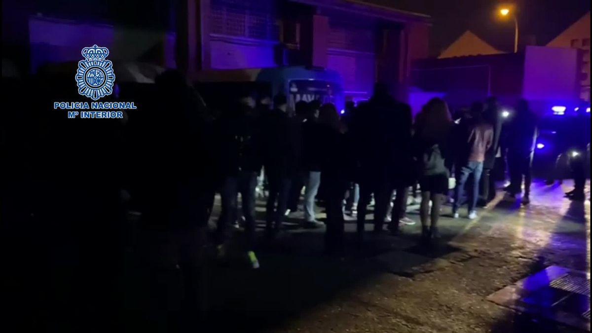 Desalojan de madrugada una discoteca en Madrid con más de 100 personas