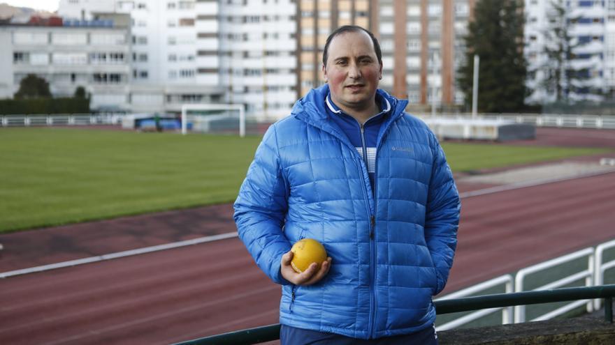 El tinetense David Fernández, récord de España en lanzamiento de peso adaptado, fija el objetivo en los Juegos Paralímpicos de Tokio