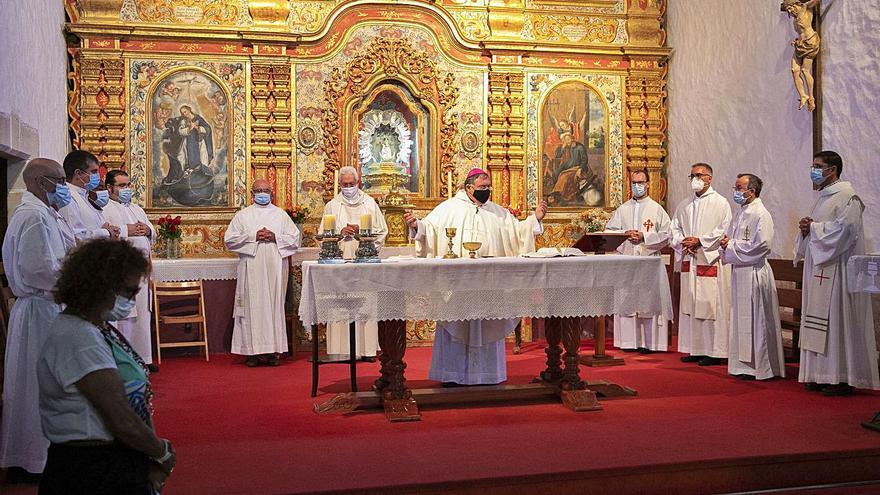"""Mazuelos pide a los curas una iglesia con """"puertas abiertas"""""""