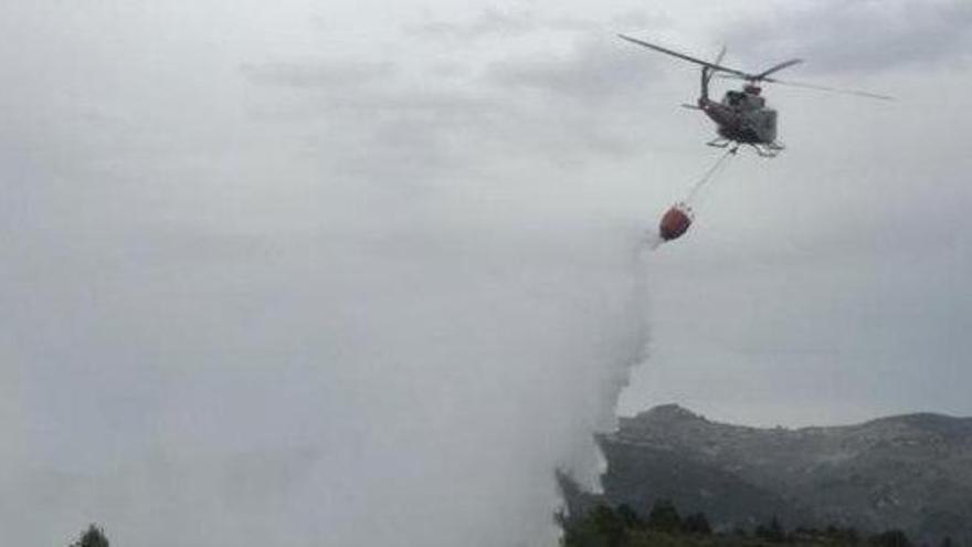 Los rayos de la tormenta provocan varios incendios en la Comunitat Valenciana