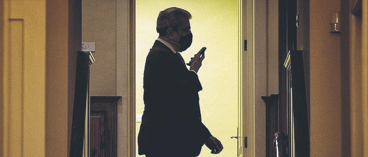 Román Rodríguez en el Parlamento