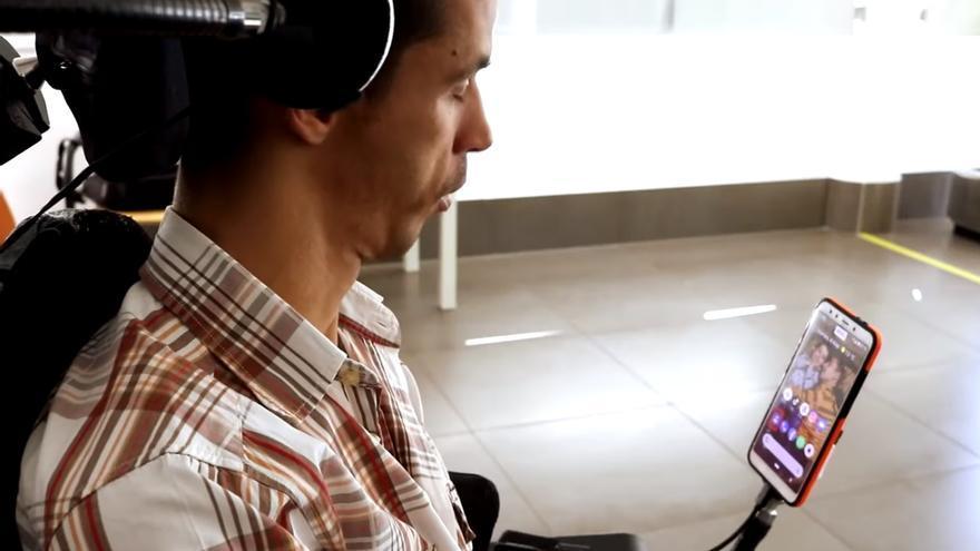 El vigués Óscar Fernández gana el premio de la Fundación Romper Barreras 2021