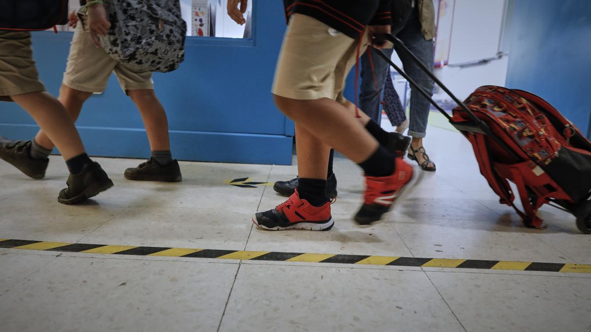 Niños en un colegio con las normas anti-Covid.
