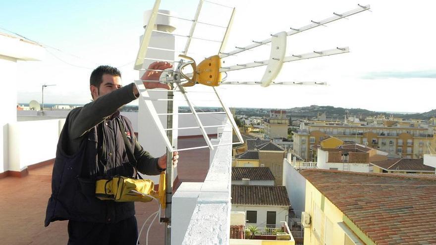 Sólo el 30% de los edificios ha adaptado sus antenas de TDT a tres semanas del cambio de frecuencias
