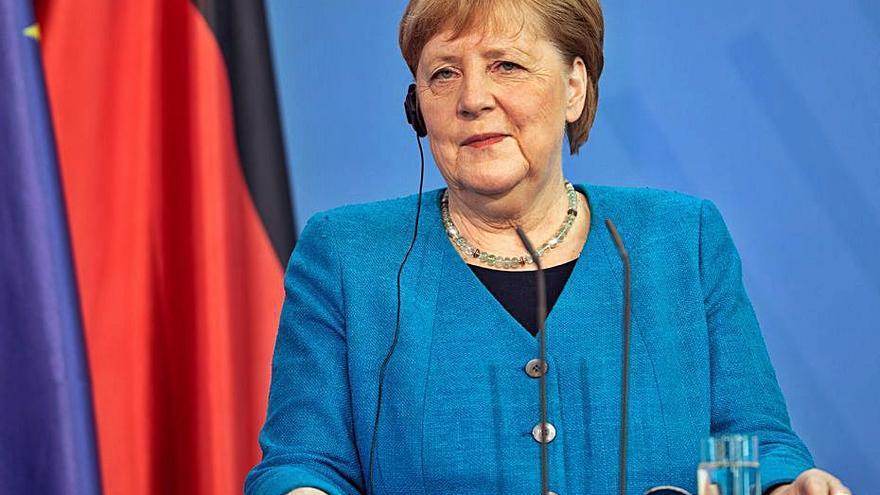 Els serveis secrets de Dinamarca van ajudar els Estats Units a espiar Merkel