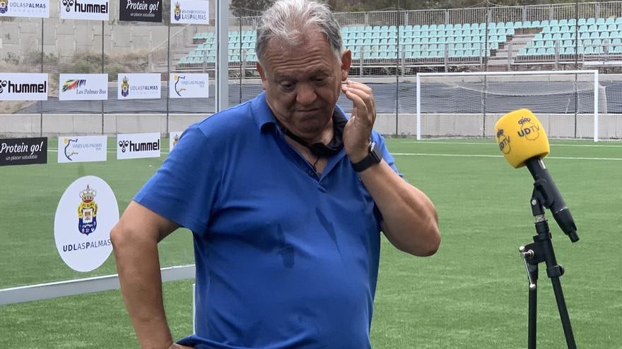 """Y Juan Manuel Rodríguez mentó a Maradona: """"El fútbol no se juega con porterías en los laterales"""""""