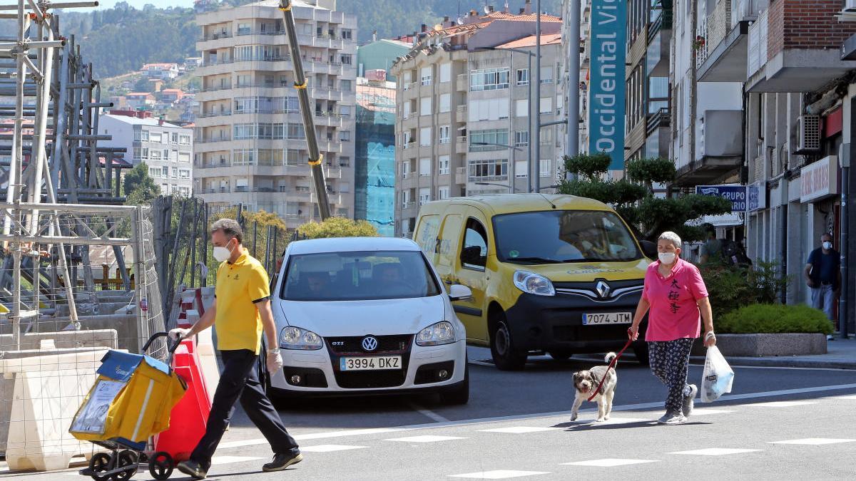 La obras afectará a la calle Urzáiz entre los cruces con Vía Norte y calle Cuba. // Marta G. Brea