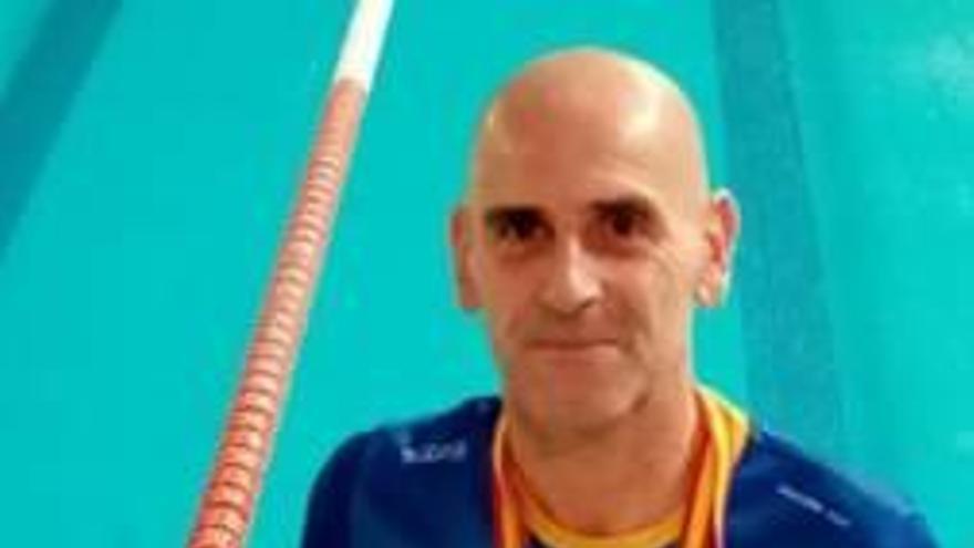 El máster Víctor Moreno triunfa en Elx