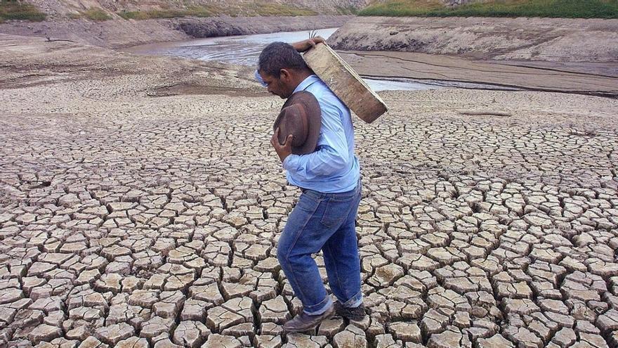 El clima, desbocado: Olas de calor, sequías y lluvias torrenciales se multiplican