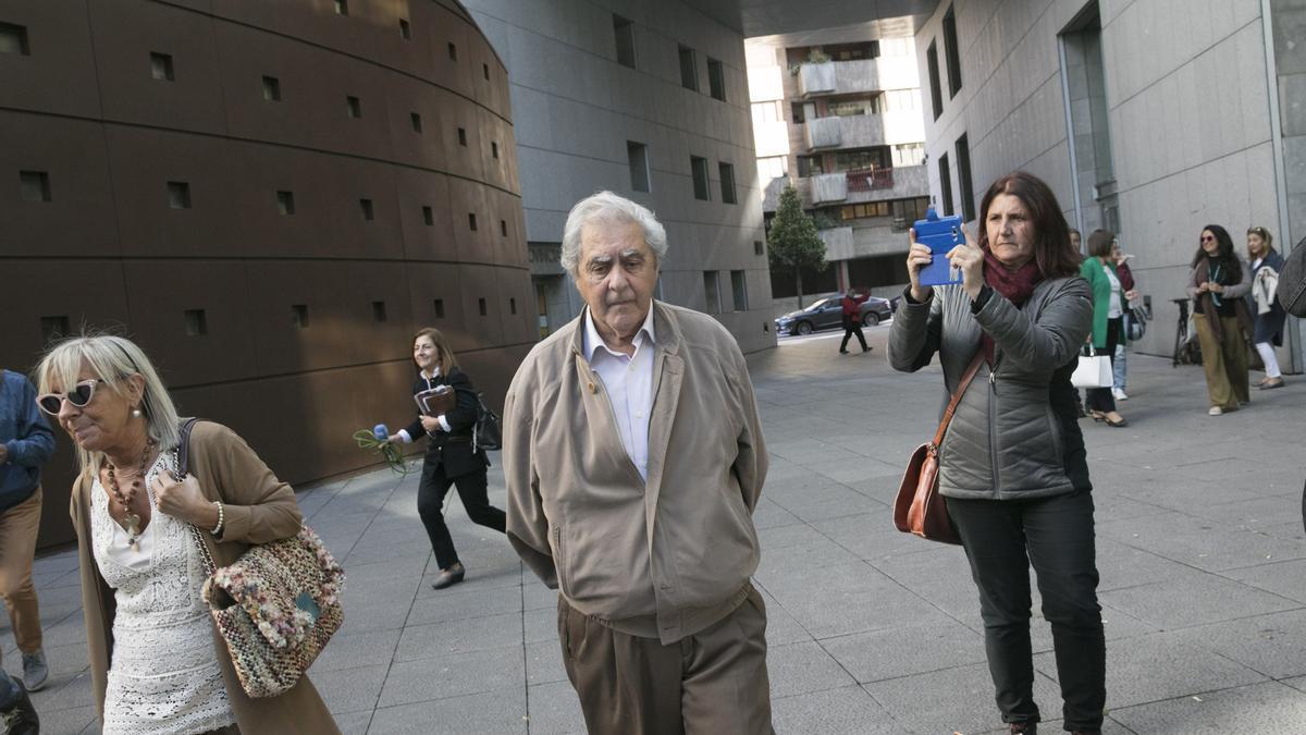 Riopedre, a la salida del juzgado antes de ingresar en la cárcel.