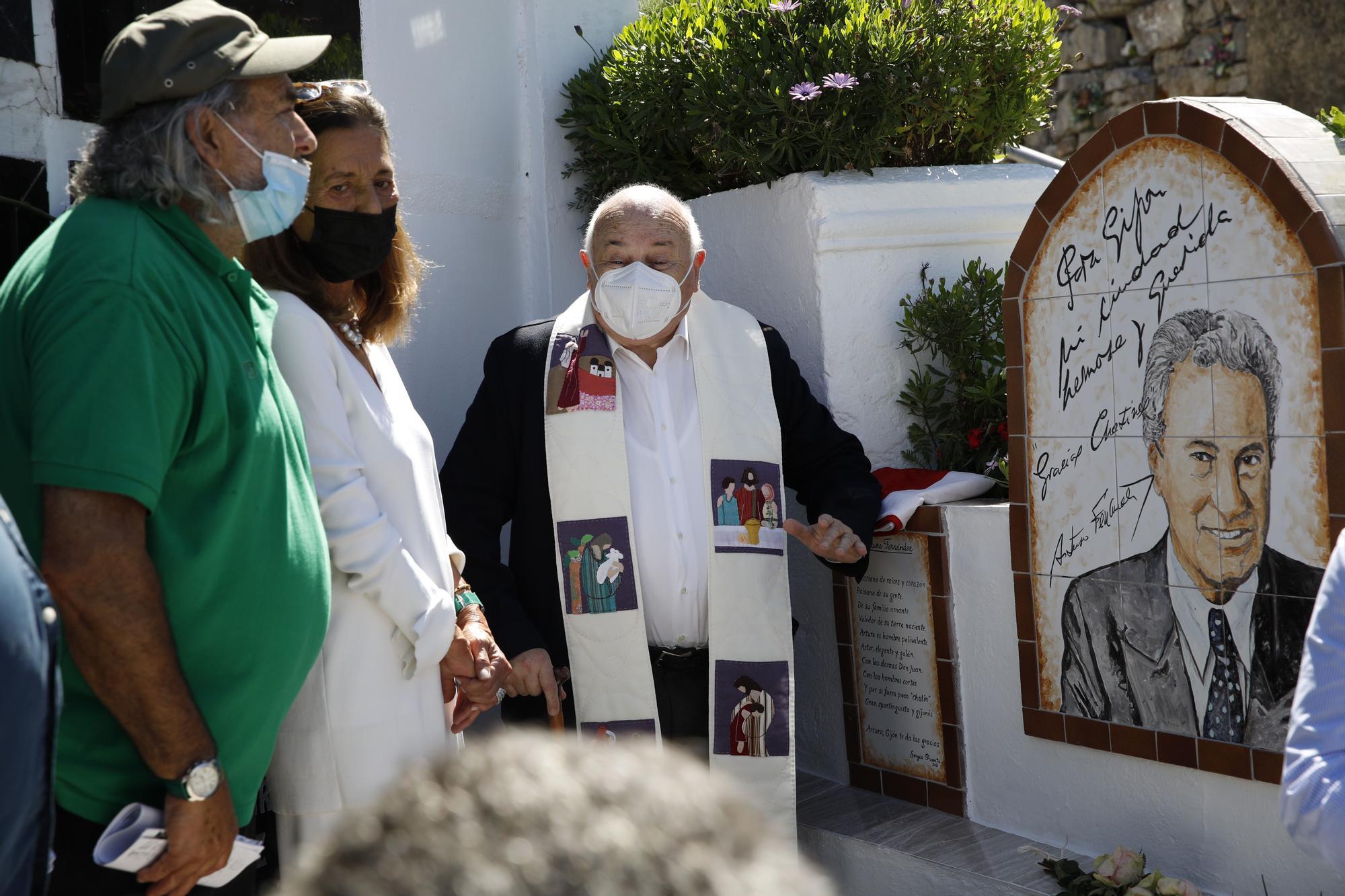 Homenaje a Arturo Fernández en El Sucu