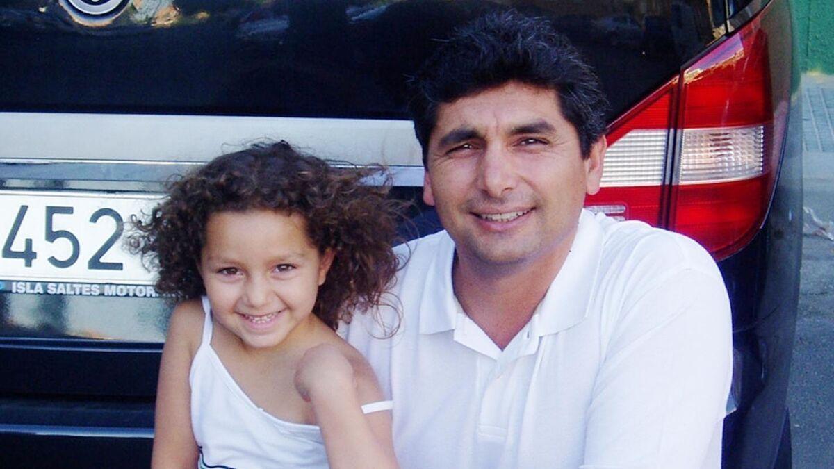 Juan José Cortés amb la petita Mari Luz