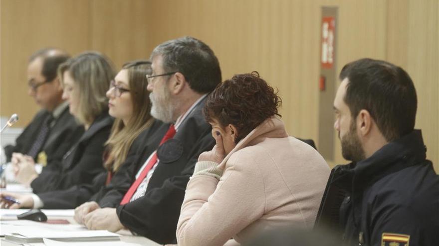 El fiscal mantiene la petición de 21 años y la defensa pide la nulidad de las actuaciones