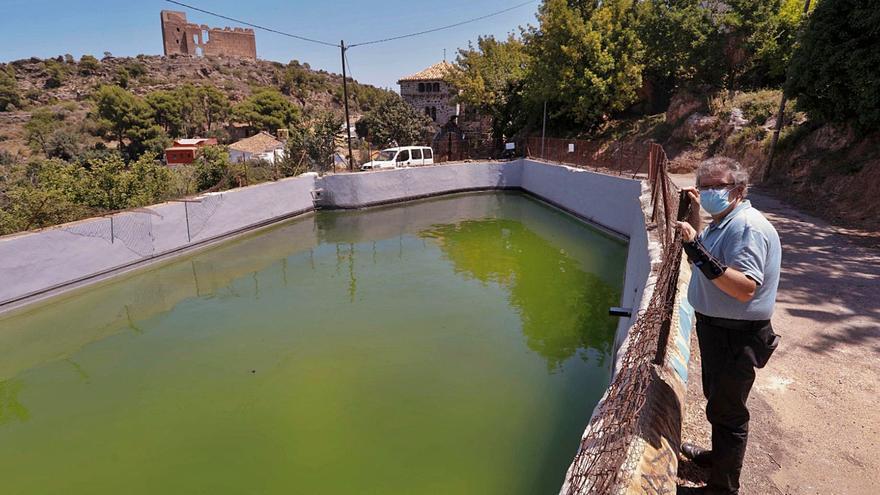 Un acto vandálico acaba con la reserva de agua antincendios de Beselga