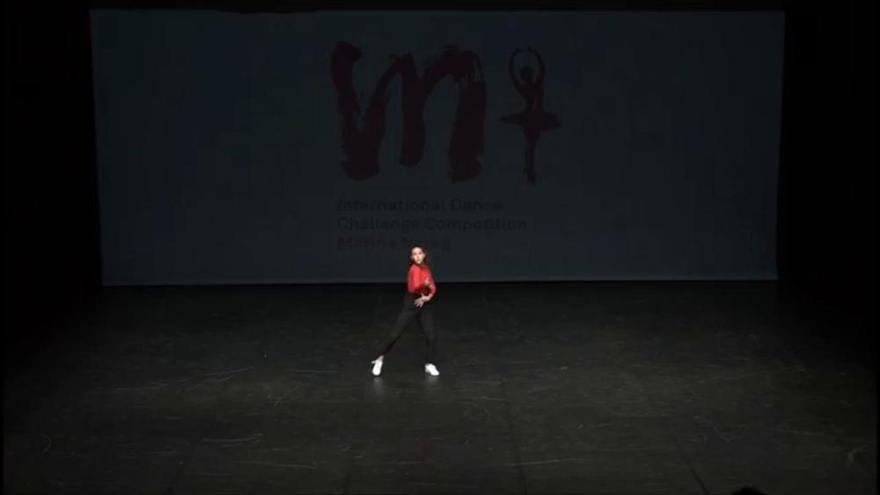 Tània Cornet tanca la competició de dansa amb un ple de podis