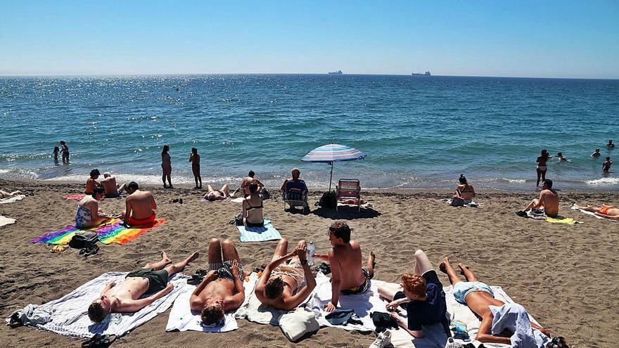 El turismo nacional ya supera el dato precovid en Andalucía
