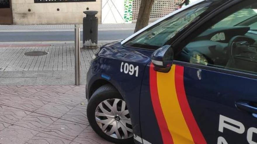 Salvan a un hombre de 53 años que sufrió un infarto en la calle en Ourense