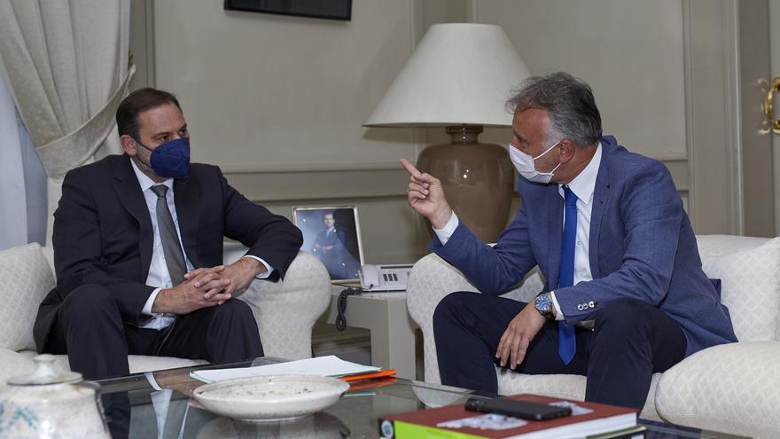 Canarias y Madrid cierran el acuerdo de la deuda de 400 millones de euros pendientes en Carreteras