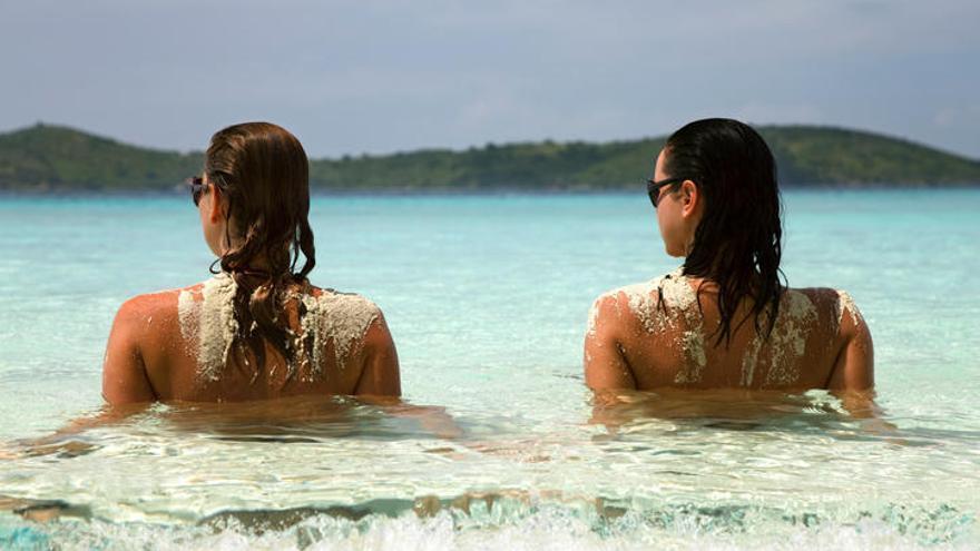 Deja en casa el bañador: las mejores playas nudistas de España