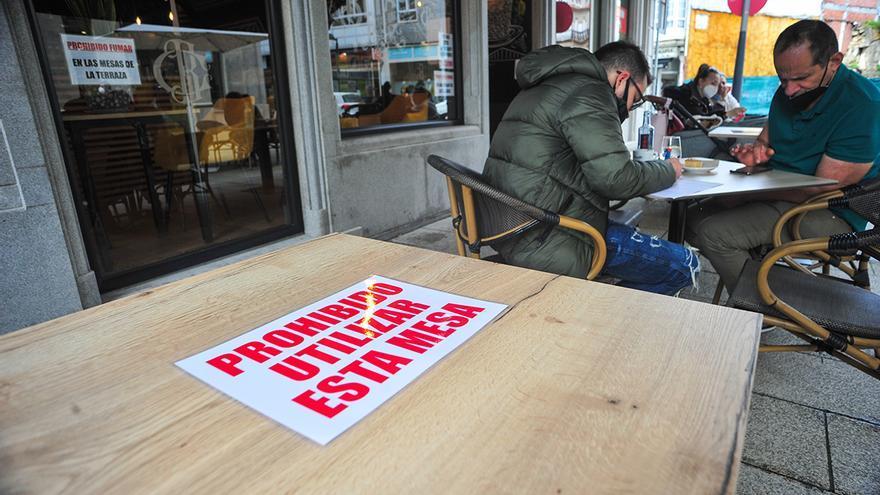 El paro baja en marzo en Galicia, que tiene más desempleados que hace un año