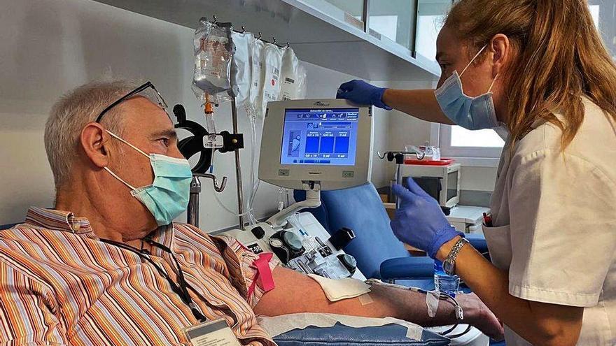 Solo ocho gallegos han recibido plasma de pacientes curados