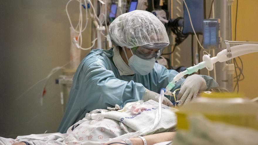 Varias comunidades relajarán medidas ante la desaceleración de la pandemia