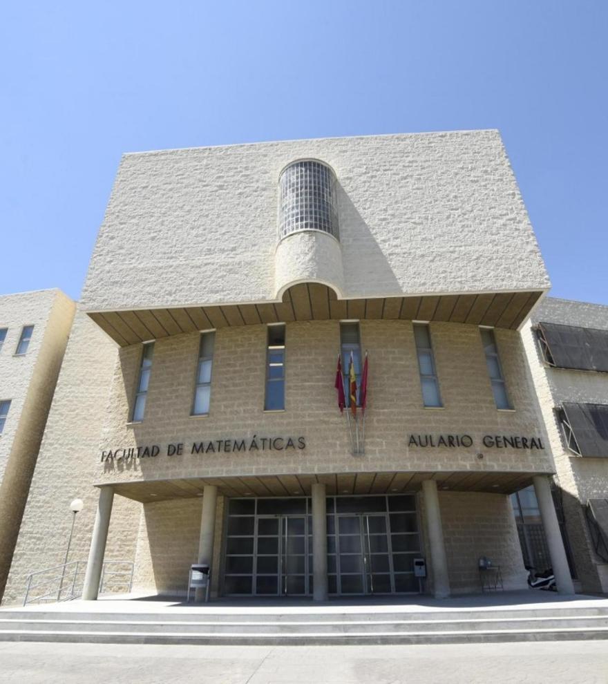 La UMU pondrá en marcha el próximo curso la doble titulación de Matemáticas y Física