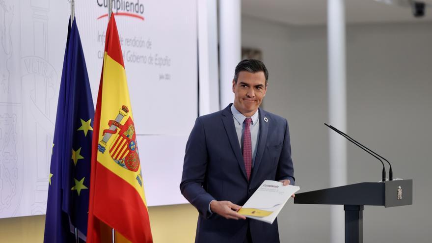 """Sánchez vende optimismo y emplaza al PP a elegir entre """"crispación y recuperación"""""""