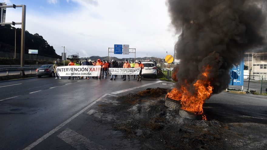 Primera protesta del año de Alu Ibérica en su octava jornada de huelga indefinida
