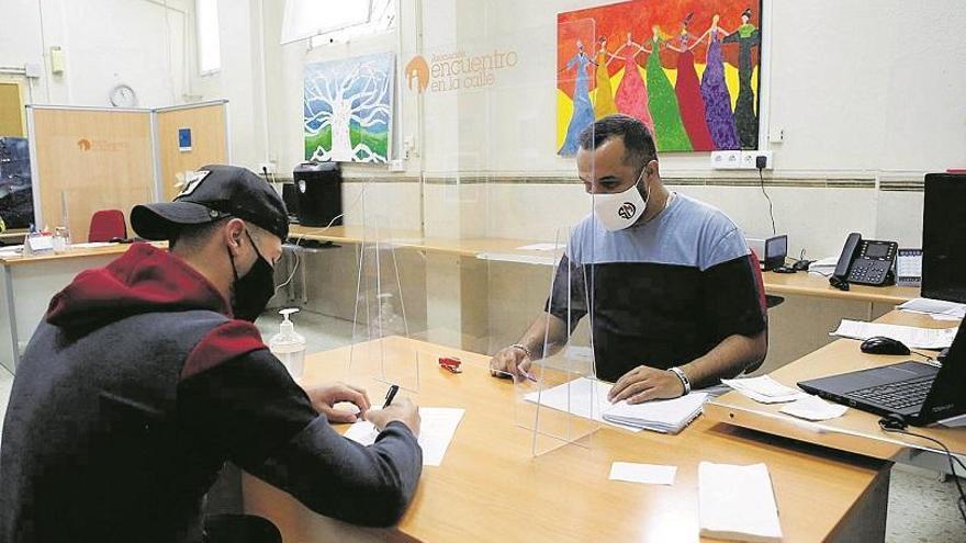 El INSS deniega en Córdoba la mitad de solicitudes de ingreso mínimo