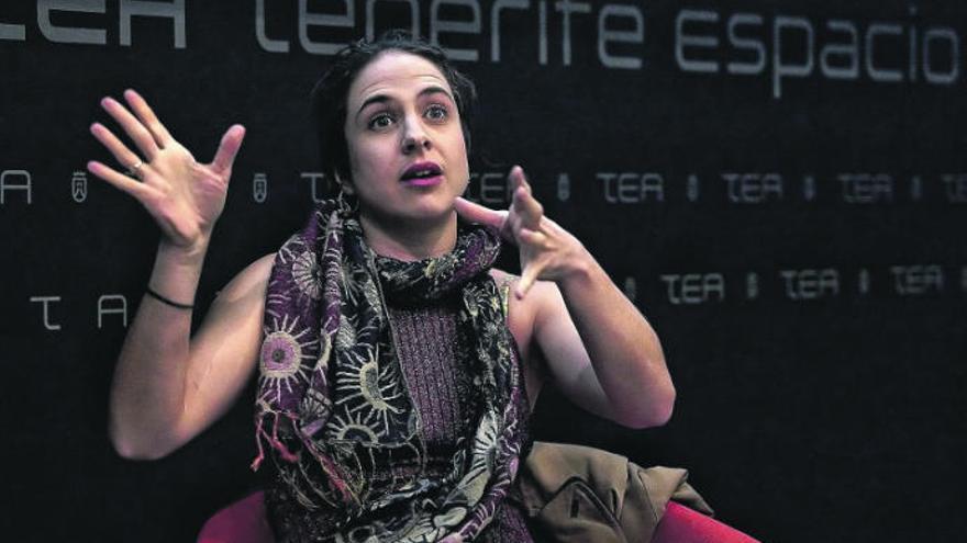 """Cristina Morales: """"El pulso narrativo que yo tengo no busca hacer reír"""""""