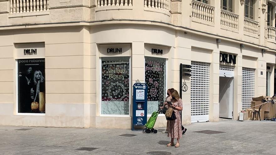 La cadena de perfumerías valenciana Druni ultima su apertura en Félix Sáenz