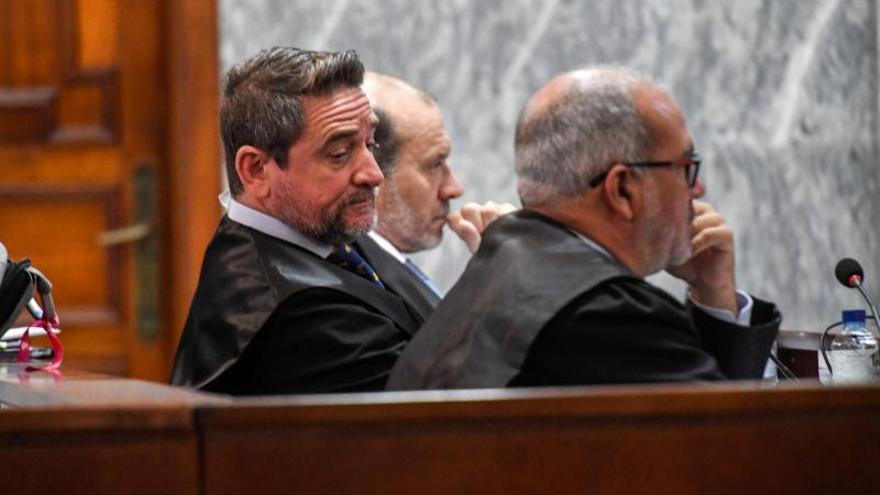 El fiscal acusa a Alba de poner su función judicial al servicio de su interés personal