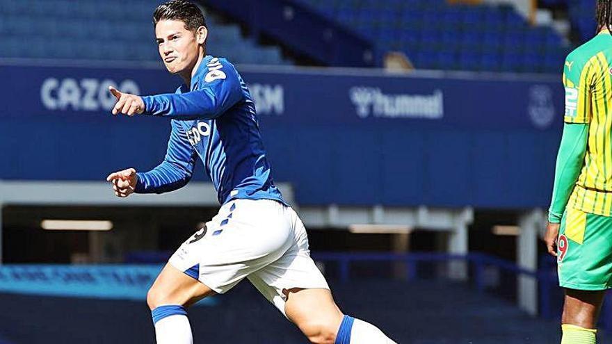 James Rodríguez se luce en la victoria del Everton