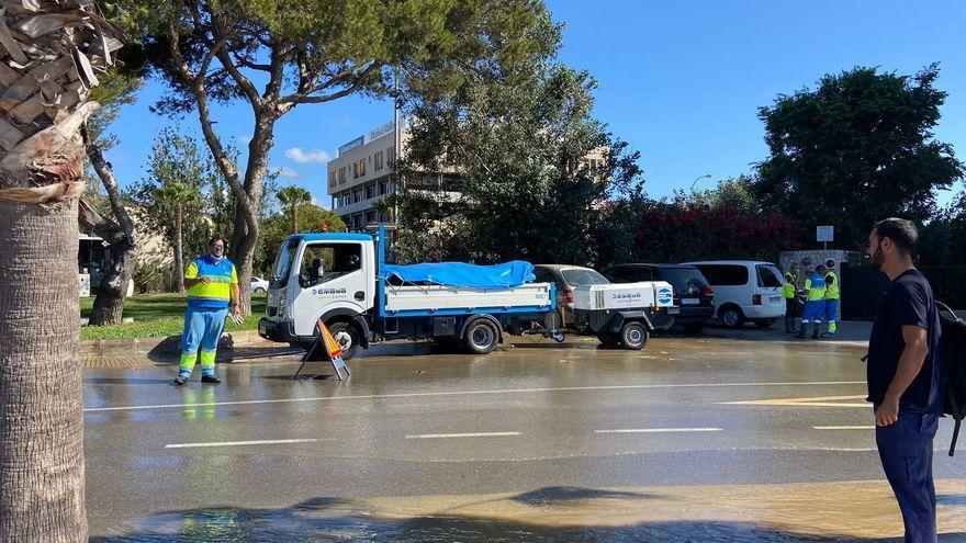 Badeverbot am Stadtstrand von Palma de Mallorca wegen Schmutzwasser