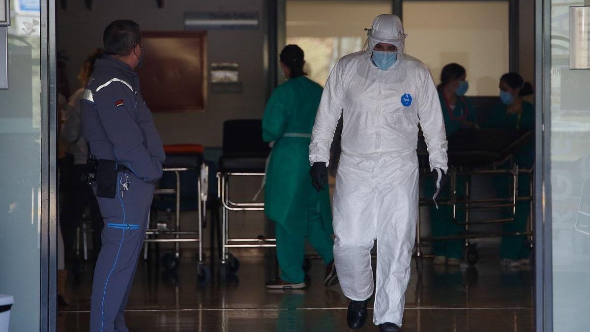 Uno de los accesos al hospital Reina Sofía.