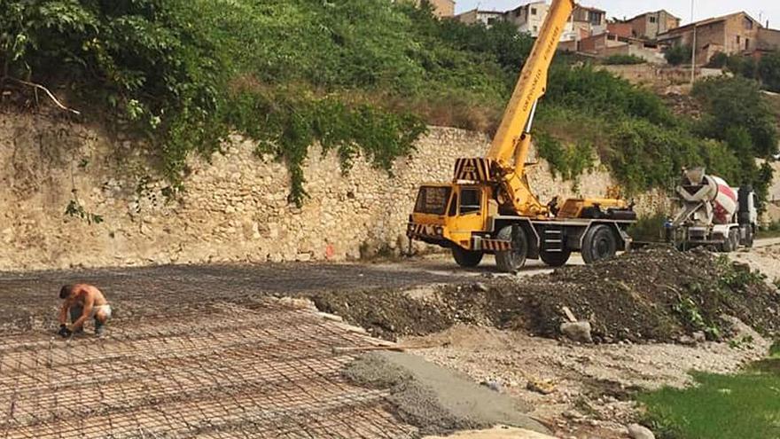 Aielo inicia la reconstrucción de la zona del Pont arrasado por la DANA