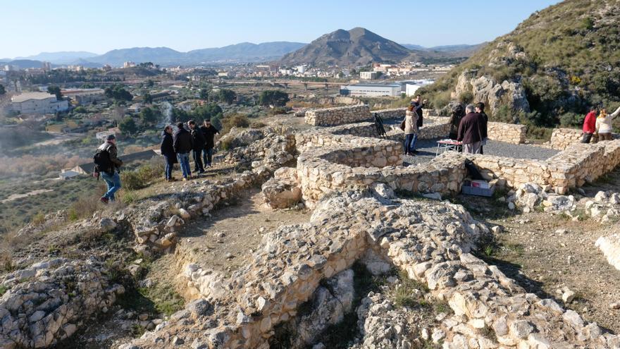Treinta años de intervención arqueológica en el yacimiento El Monastil de Elda