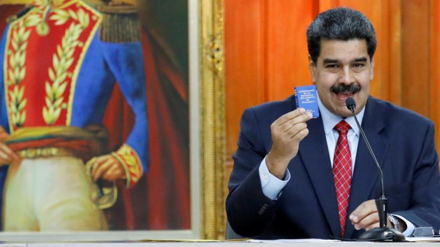 """Maduro: """"Si quieren elecciones, que las hagan allí"""""""
