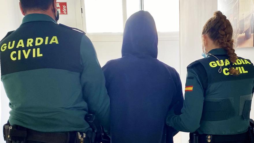 Detenida una pareja como cómplice de los 10 robos sucedidos en hoteles de Sant Antoni