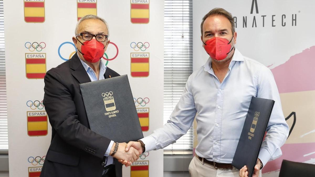 El presidente del COE, Alejandro Blanco, y el CEo de Airnatech, Javier Llorens