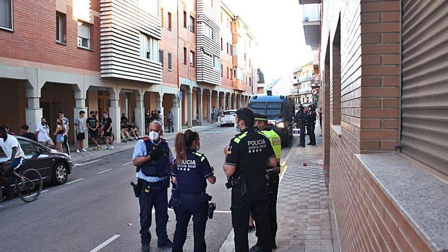 L'Ajuntament de Santpedor intenta posar pau entre els veïns i els okupes conflictius
