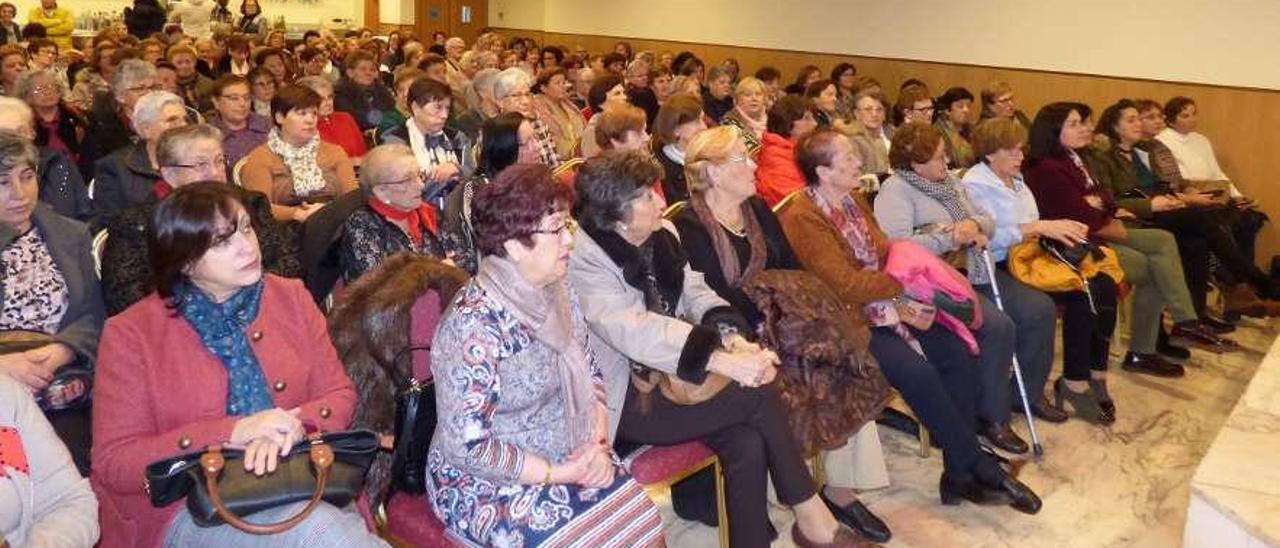 Cangas celebra su encuentro de mujeres, con 275 participantes