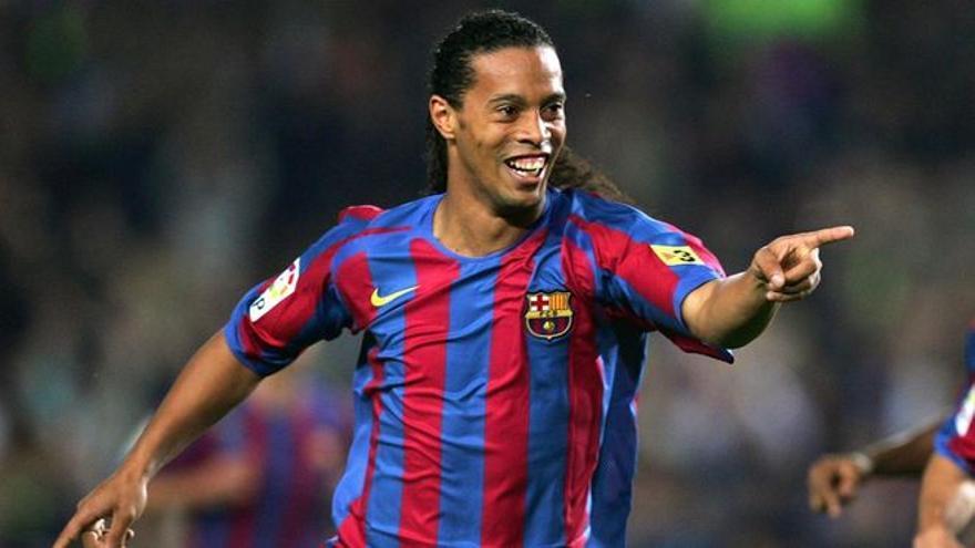 La despedida de Ronaldinho a Sergio Ramos